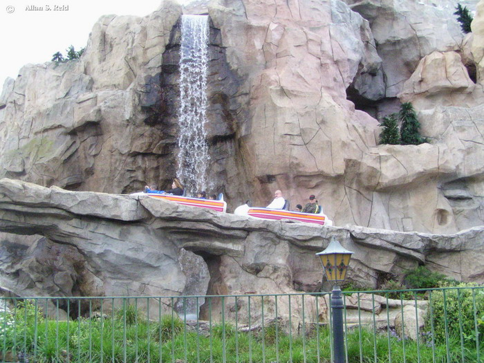 Matterhorn Bobsleds photo from Disneyland