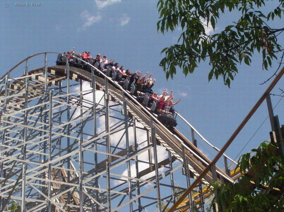 Villain, The photo from Geauga Lake