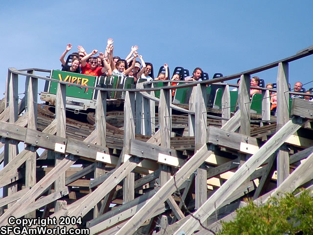Viper photo from Six Flags Great America