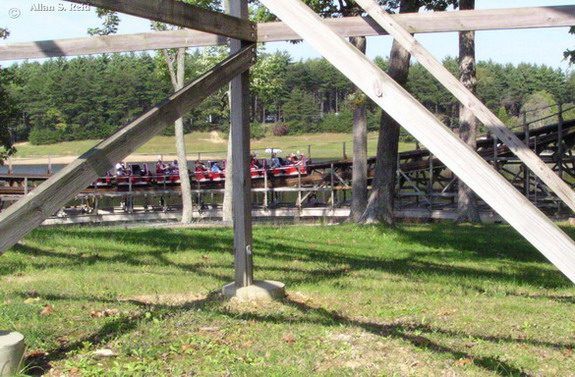 Raven photo from Holiday World