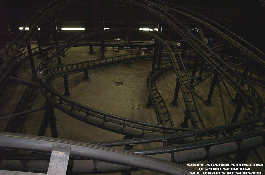 Mayan Mindbender photo from Six Flags Astroworld