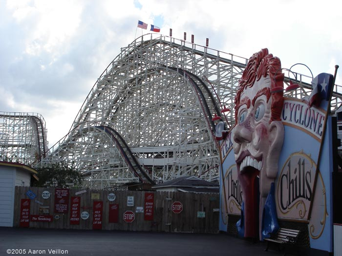 Texas Cyclone photo from Six Flags Astroworld