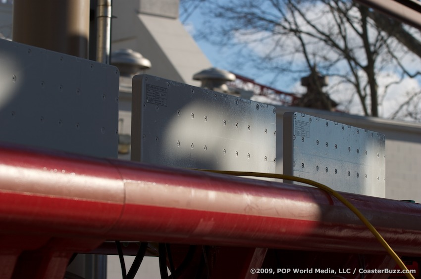 maverick photo from cedar point coasterbuzz On linear synchronous motor roller coaster