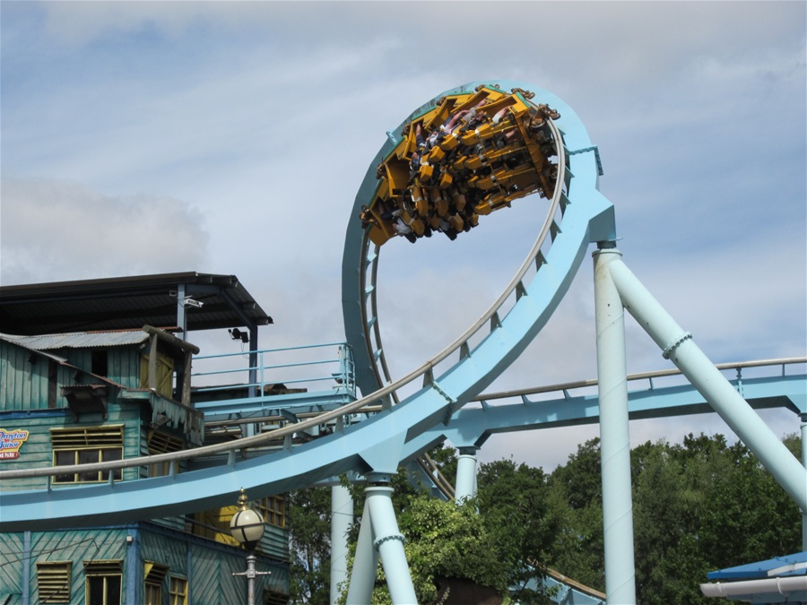 Shockwave photo from Drayton Manor