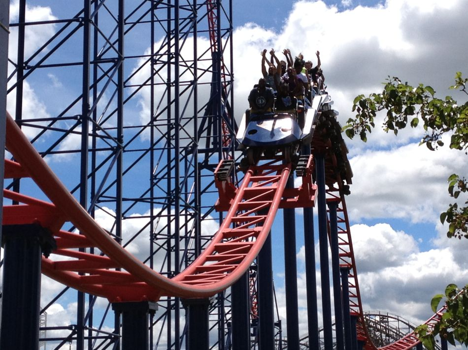 Superman: Ride of Steel photo from Six Flags America
