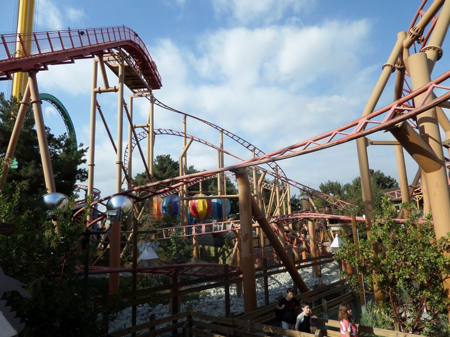 Sierra Sidewinder photo from Knott's Berry Farm