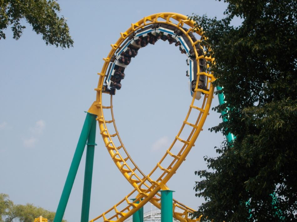 Corkscrew photo from Valleyfair!