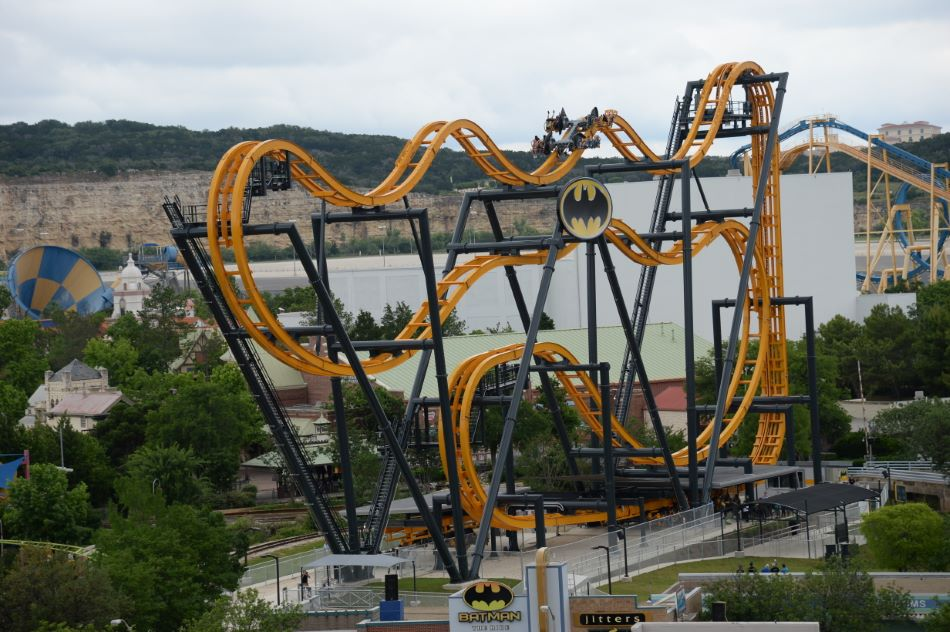 Six Flags Fiesta Texas Rides