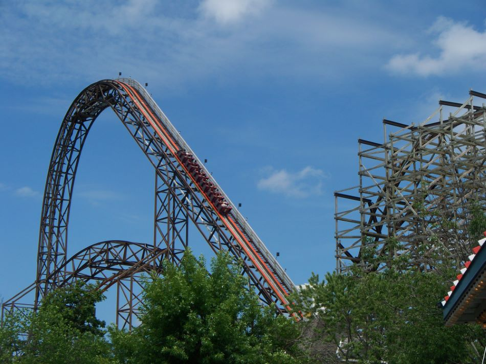 Goliath photo from Six Flags Great America