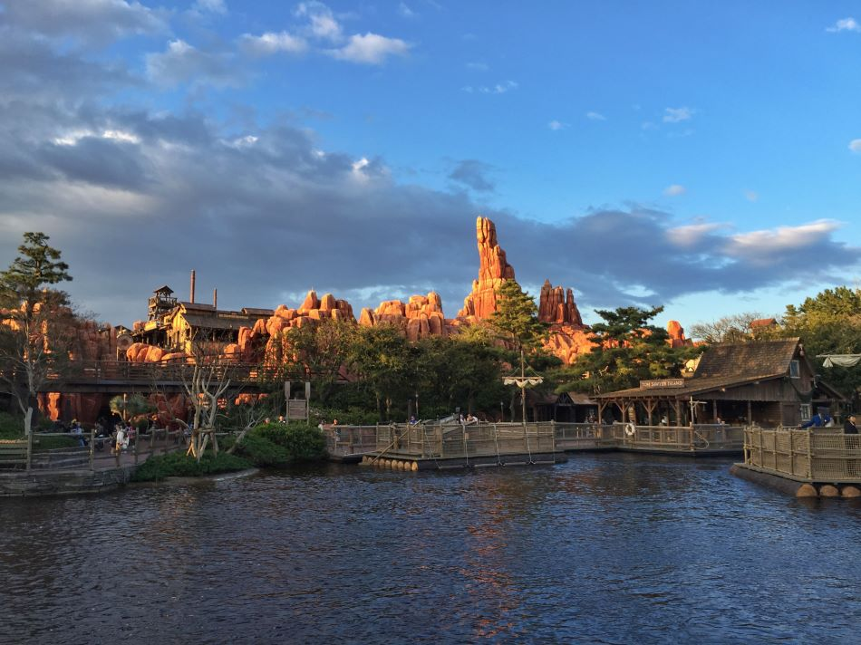 Big Thunder Mountain photo from Tokyo Disneyland