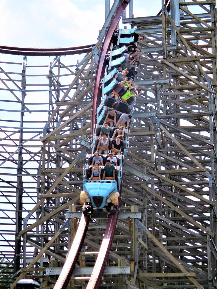 Twisted Timbers photo from Kings Dominion