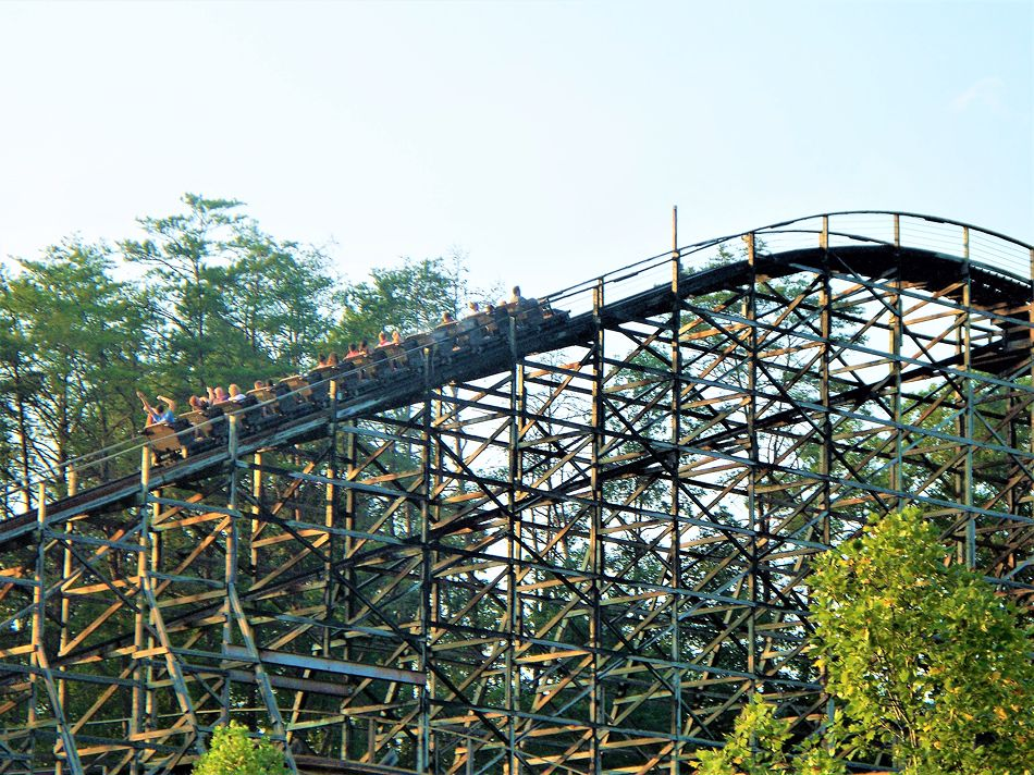 Thunderhead photo from Dollywood