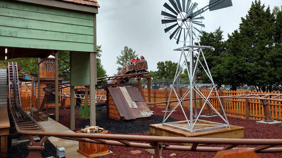 Frankie's Mine Train photo from Frontier City